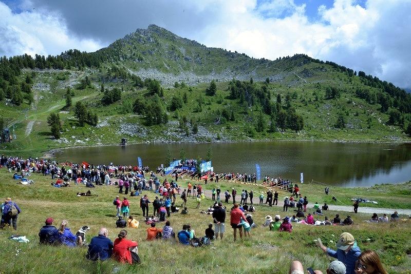 国際アルプホルン大会2018湖